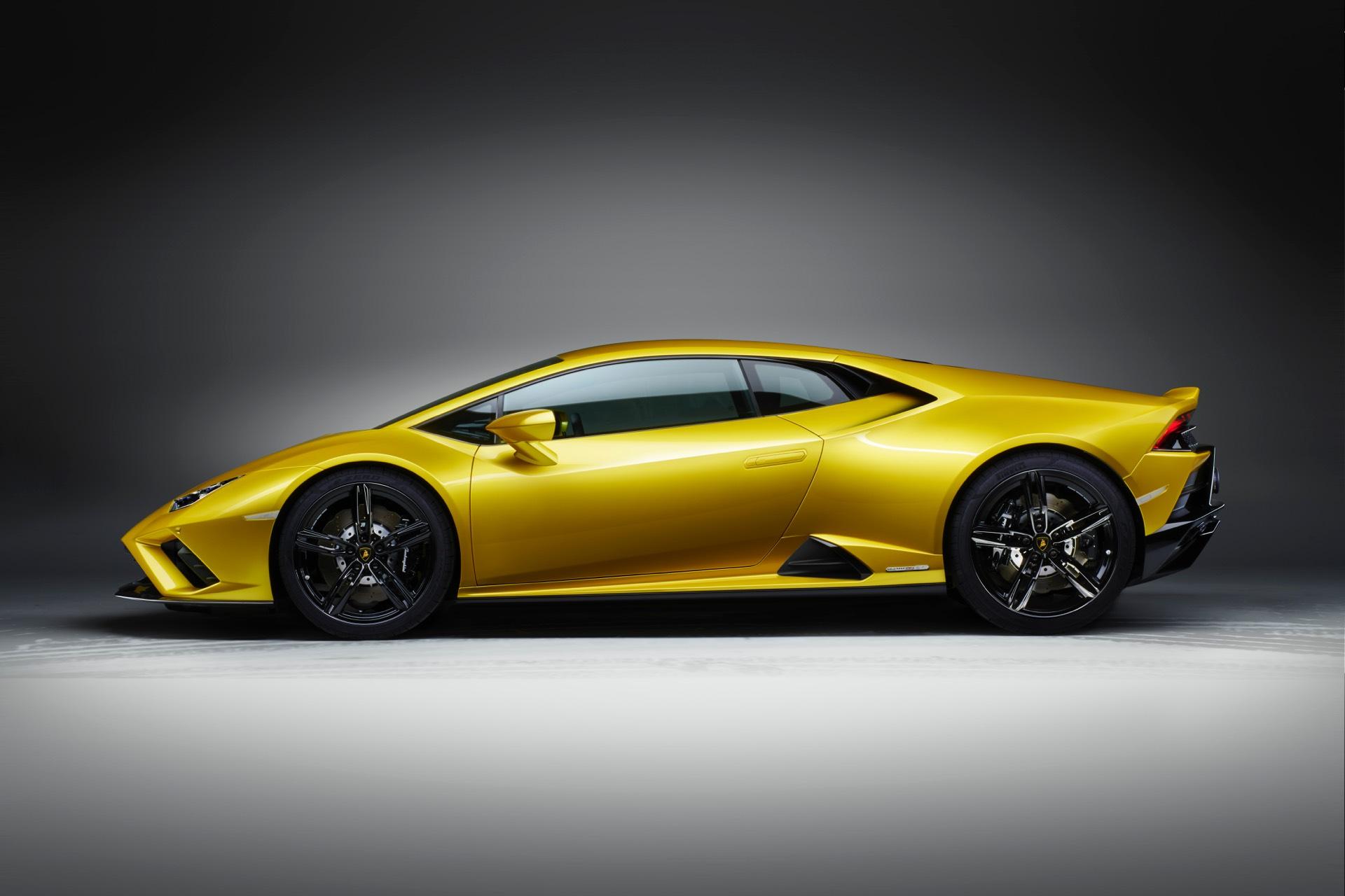 Lamborghini Huracan EVO Rear Wheel Drive Side