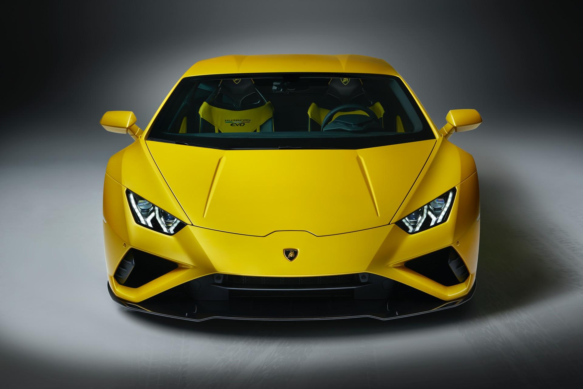 Lamborghini Huracan EVO Rear Wheel Drive Front