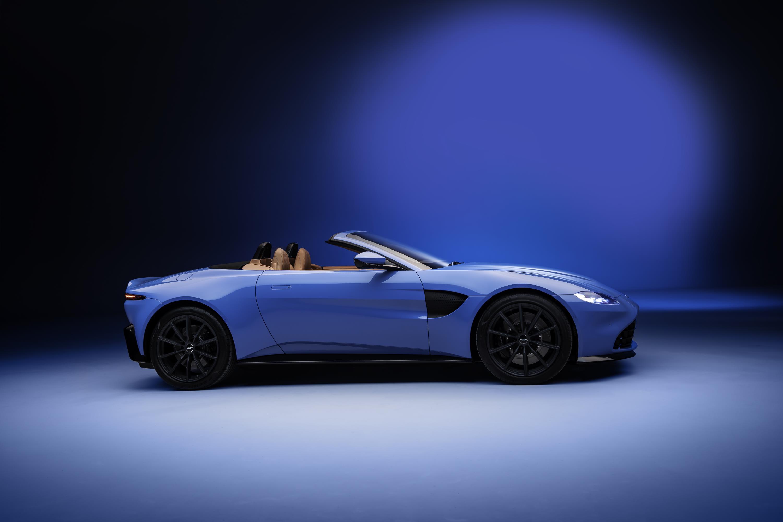 Aston Martin Vantage Roadster Side