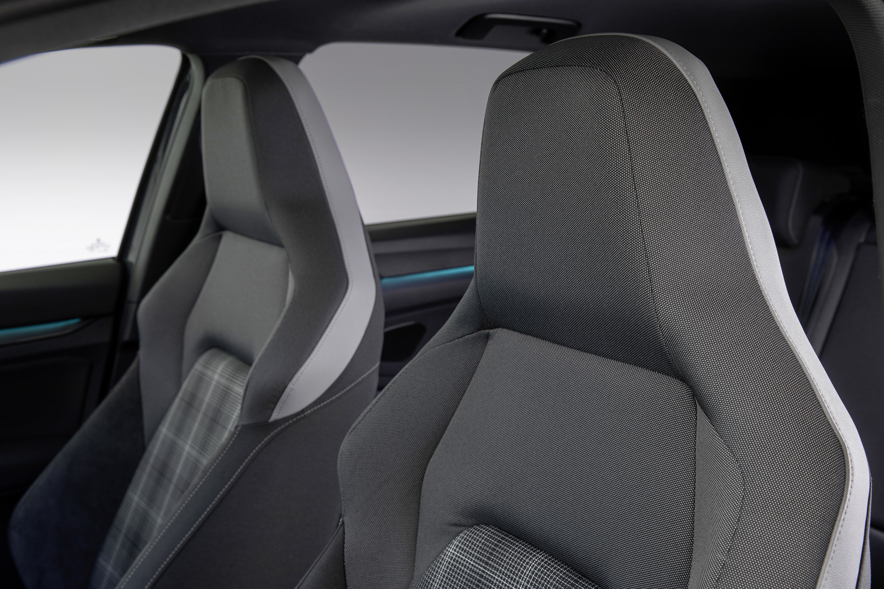 Mk8 Volkswagen Golf GTD Seats