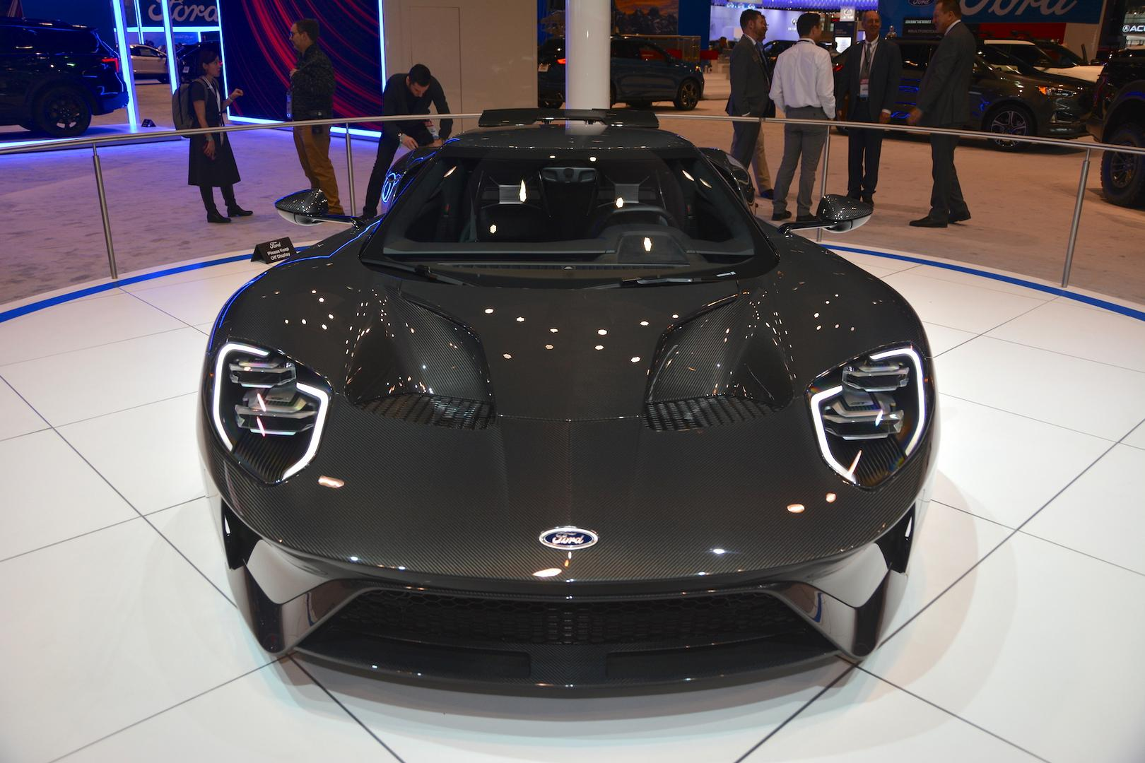 Liquid Carbon Ford GT Front