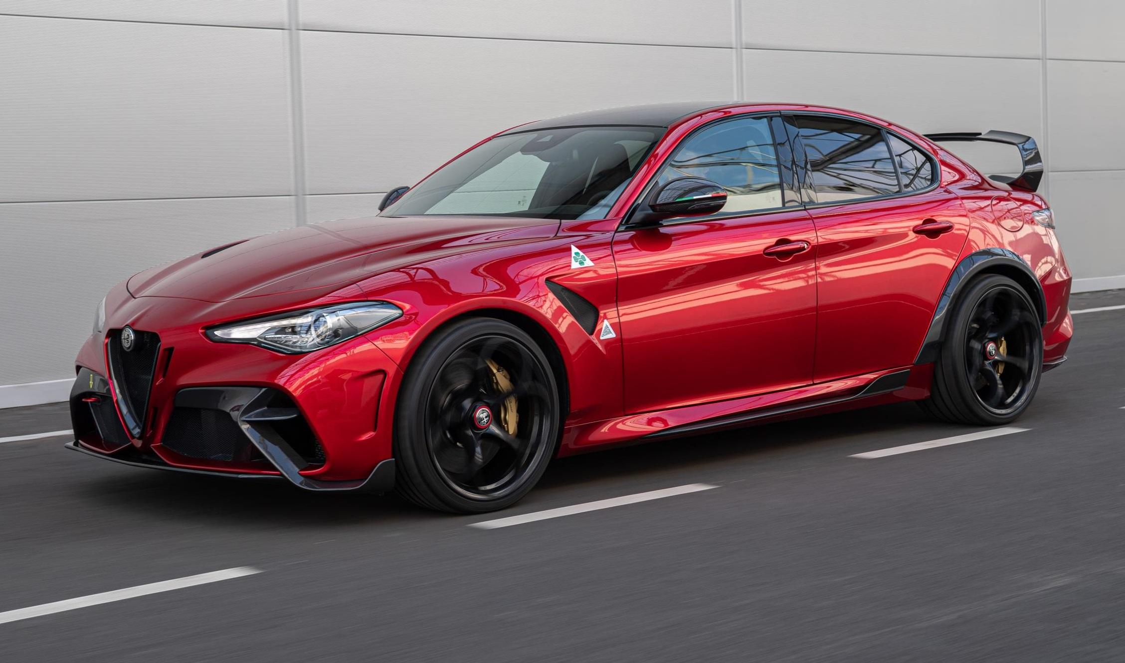 Alfa Romeo GTA Specs