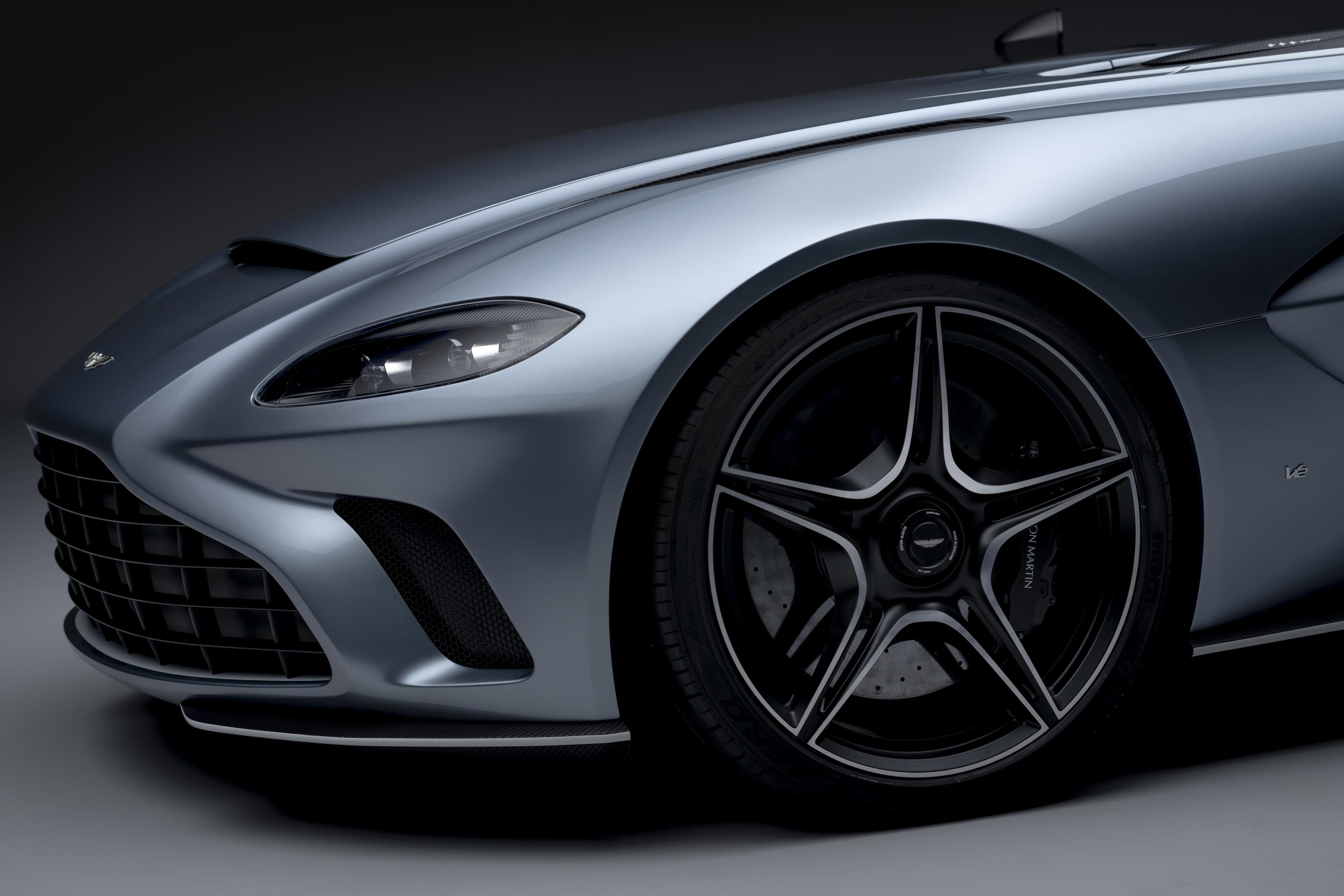 Aston Martin V12 Speedster Wheels