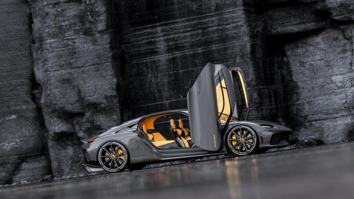 Koenigsegg Gemera Doors