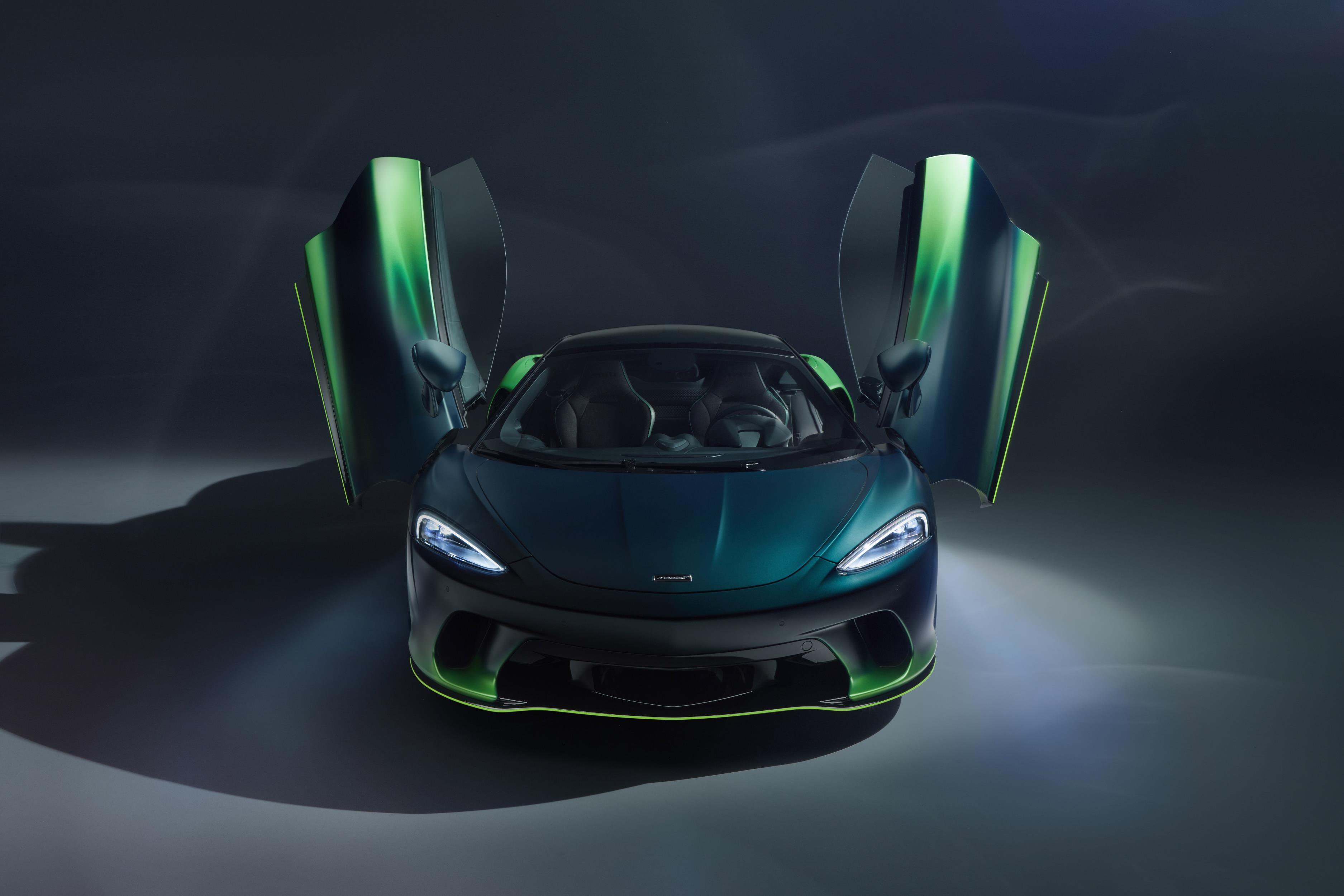 McLaren GT Verdant Theme Front