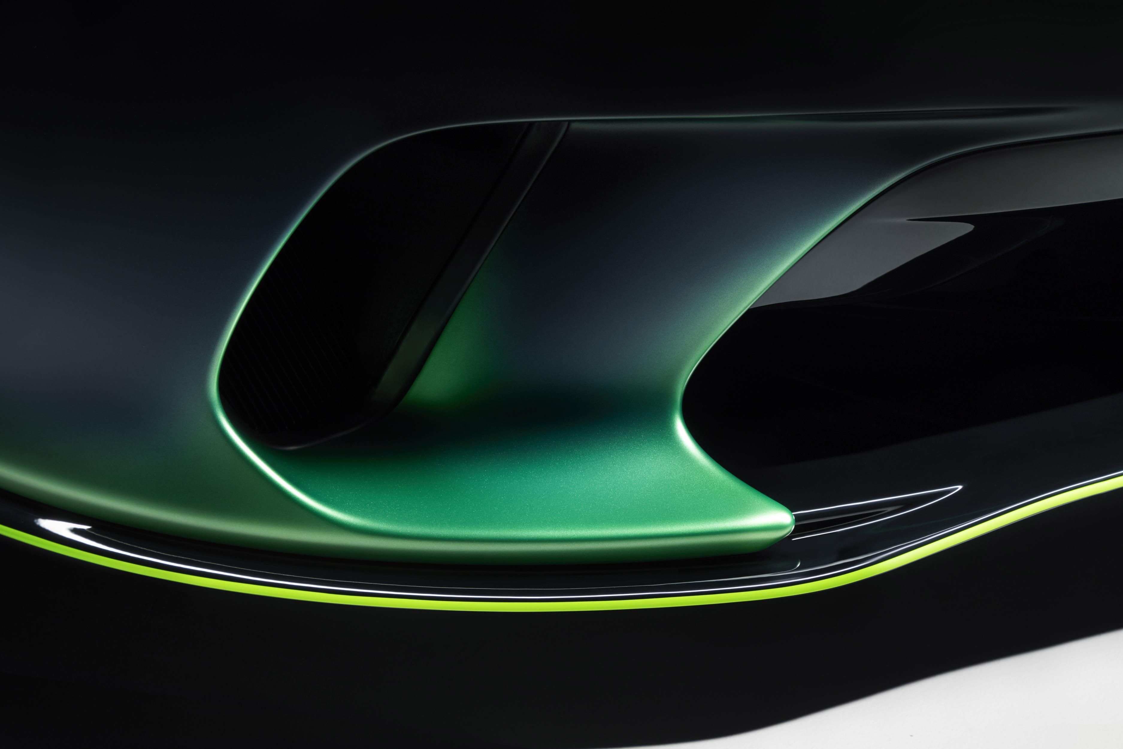McLaren GT Verdant Theme Intakes