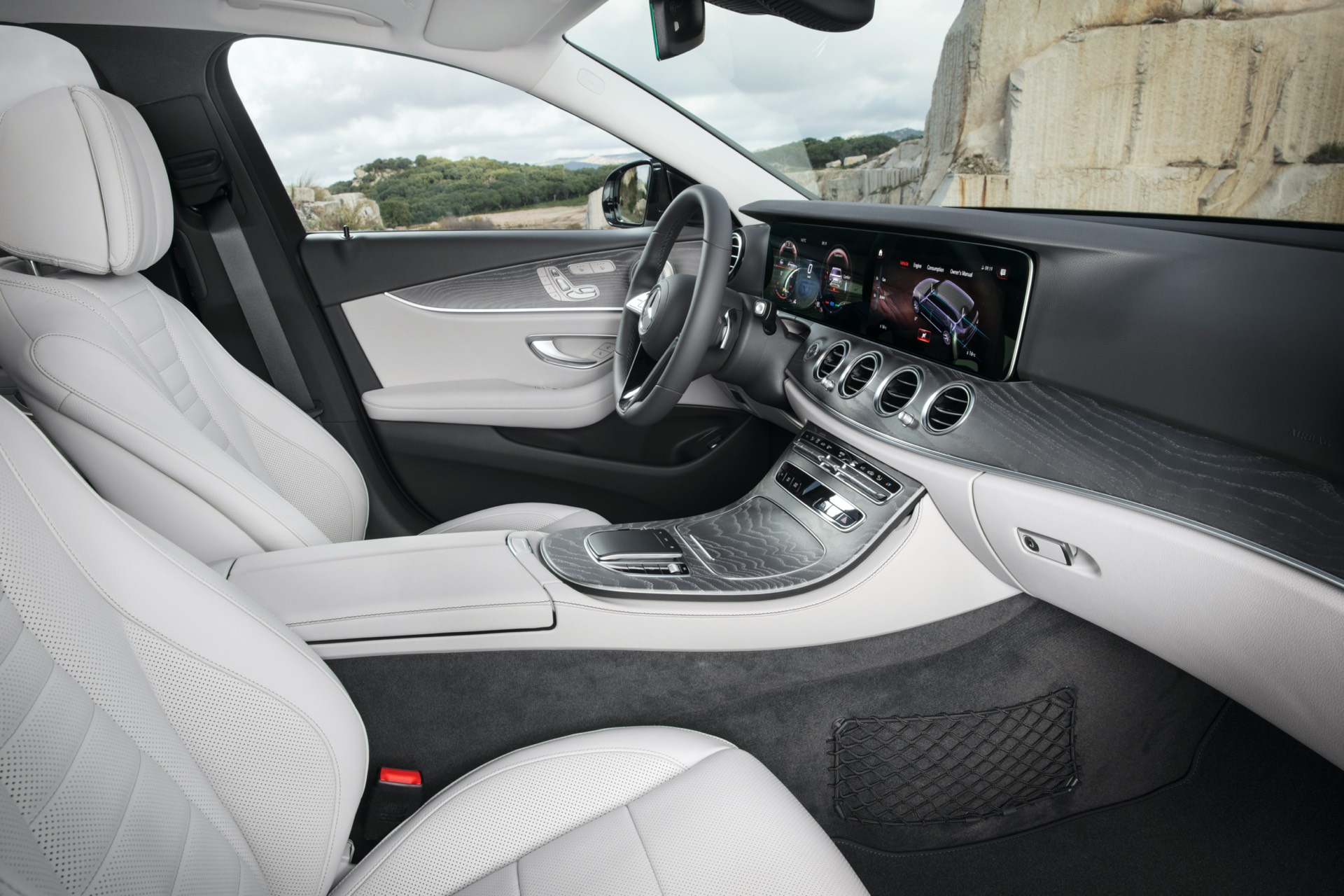 Mercedes-Benz E Class All Terrain Facelift Interior