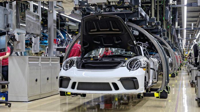 Porsche 991 Speedster Production Line
