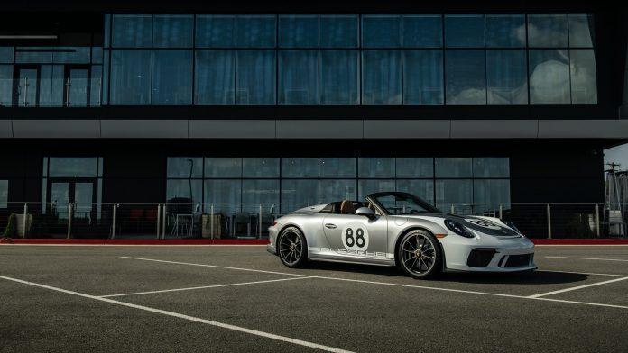 Porsche 991 Speedster Side