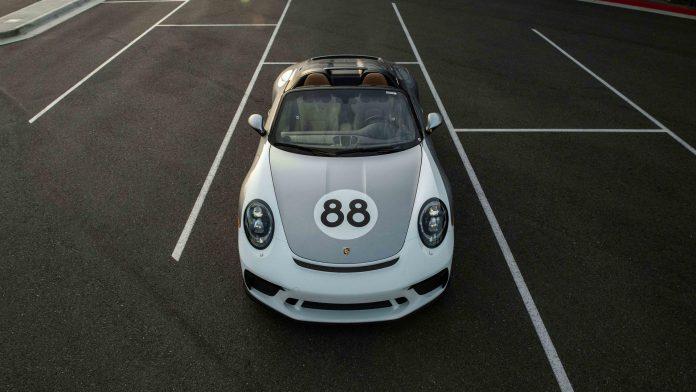 Porsche 911 Speedster Silver