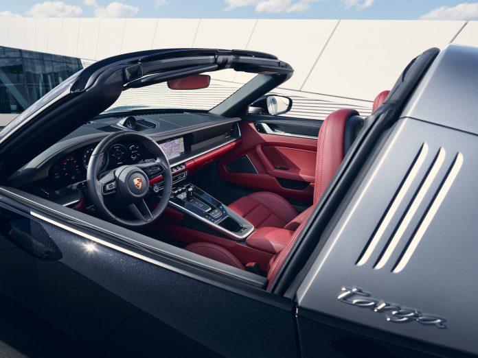 Porsche 992 Targa 4S Interior