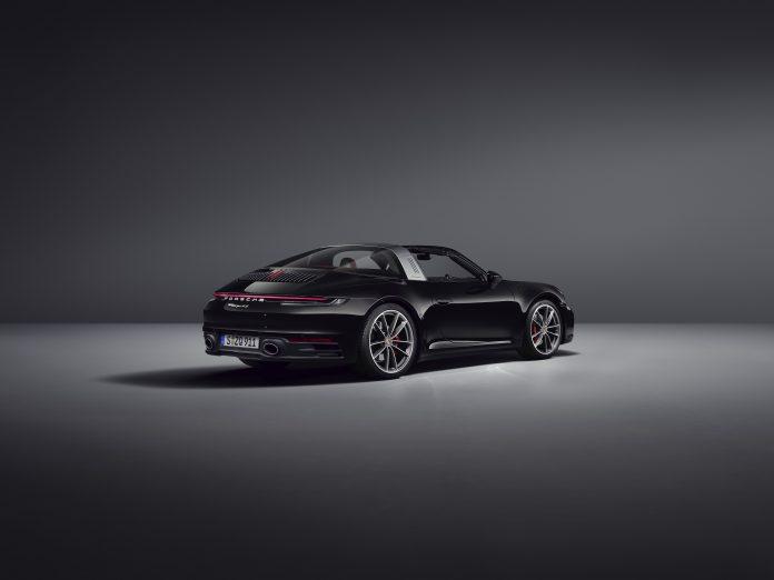 Porsche 992 Targa 4S Specs