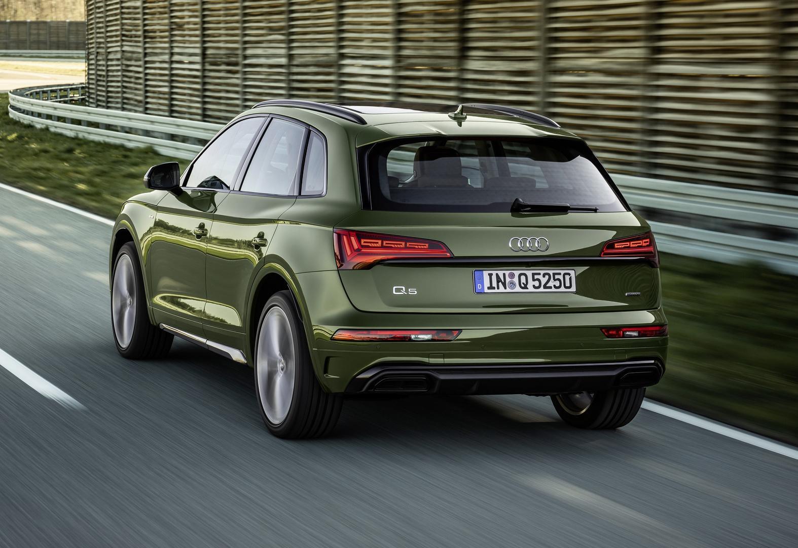 2021 Audi Q5 Green