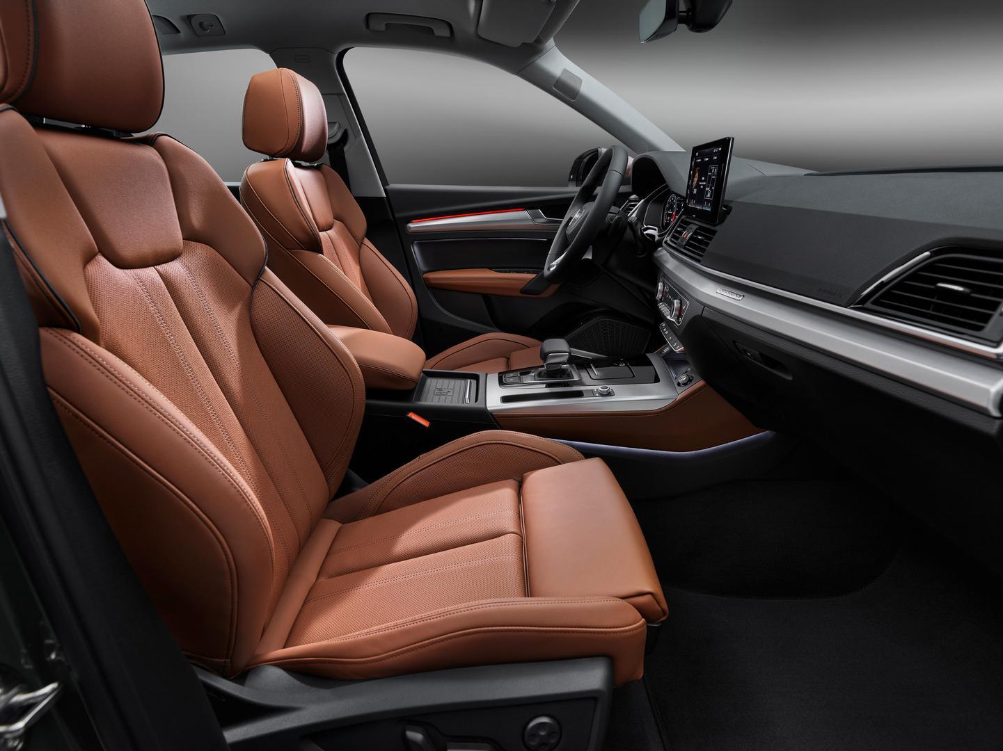 2021 Audi Q5 Seats