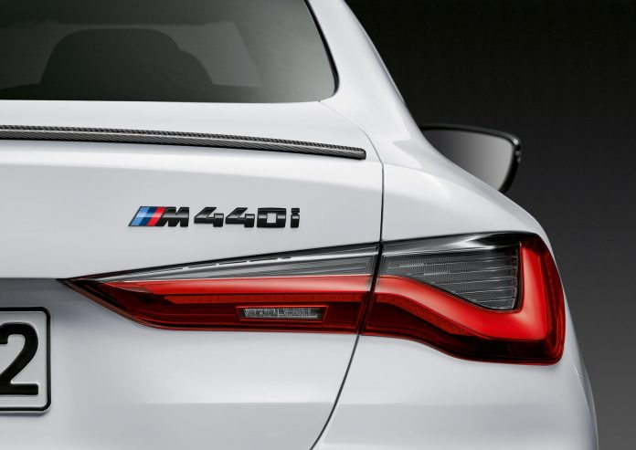 2021 BMW M440i Coupe Badge