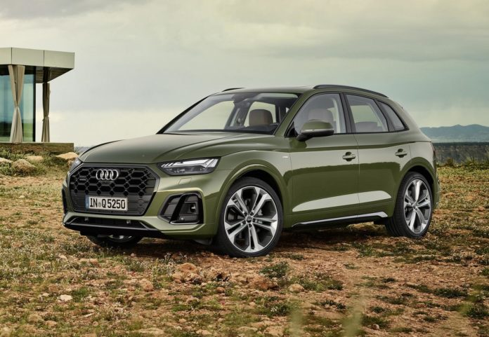 District Green Audi Q5