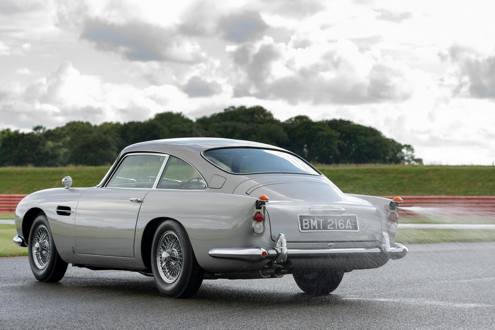 Aston Martin DB5 Rear