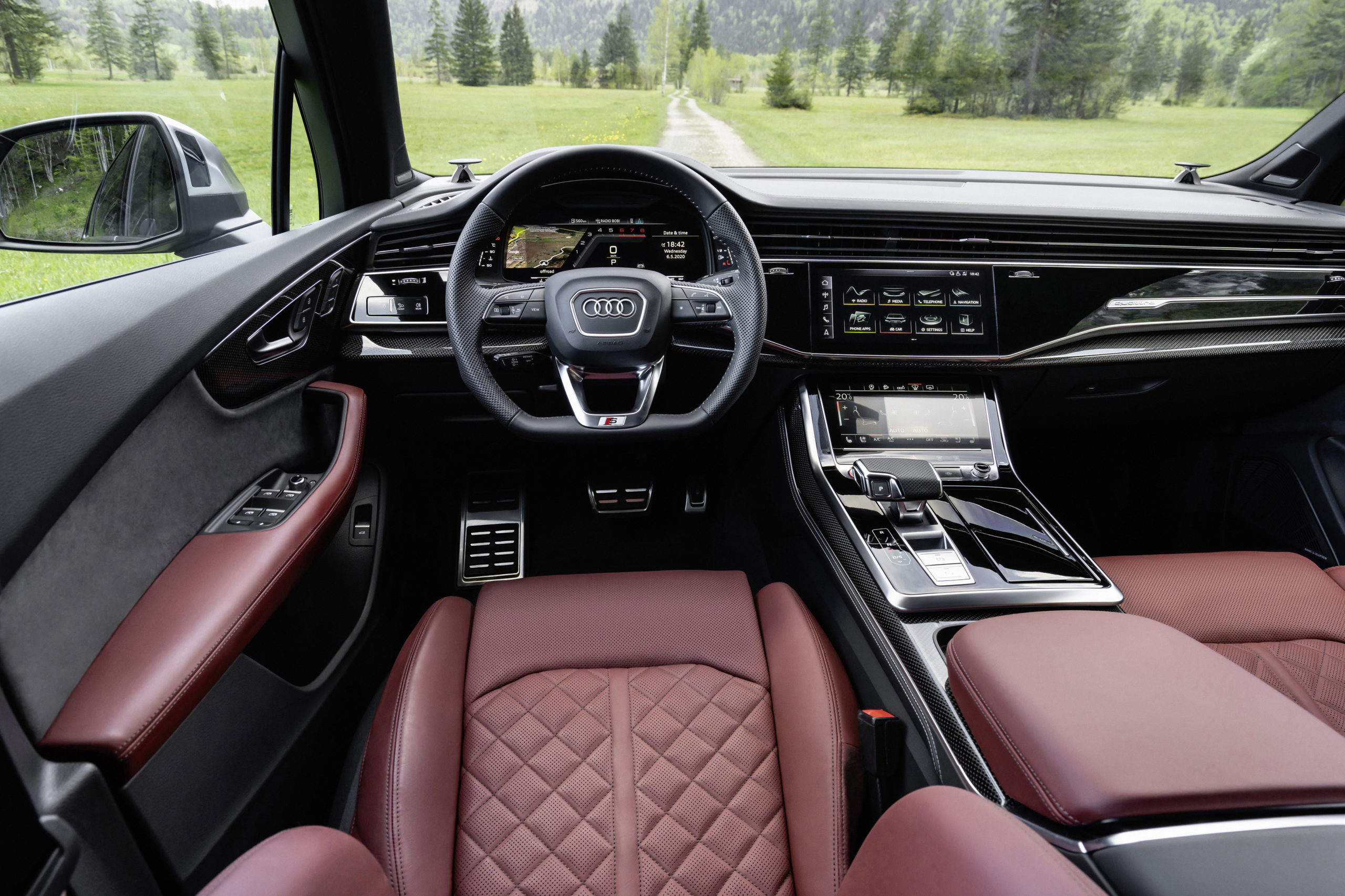 Audi SQ7 TFSI Interior