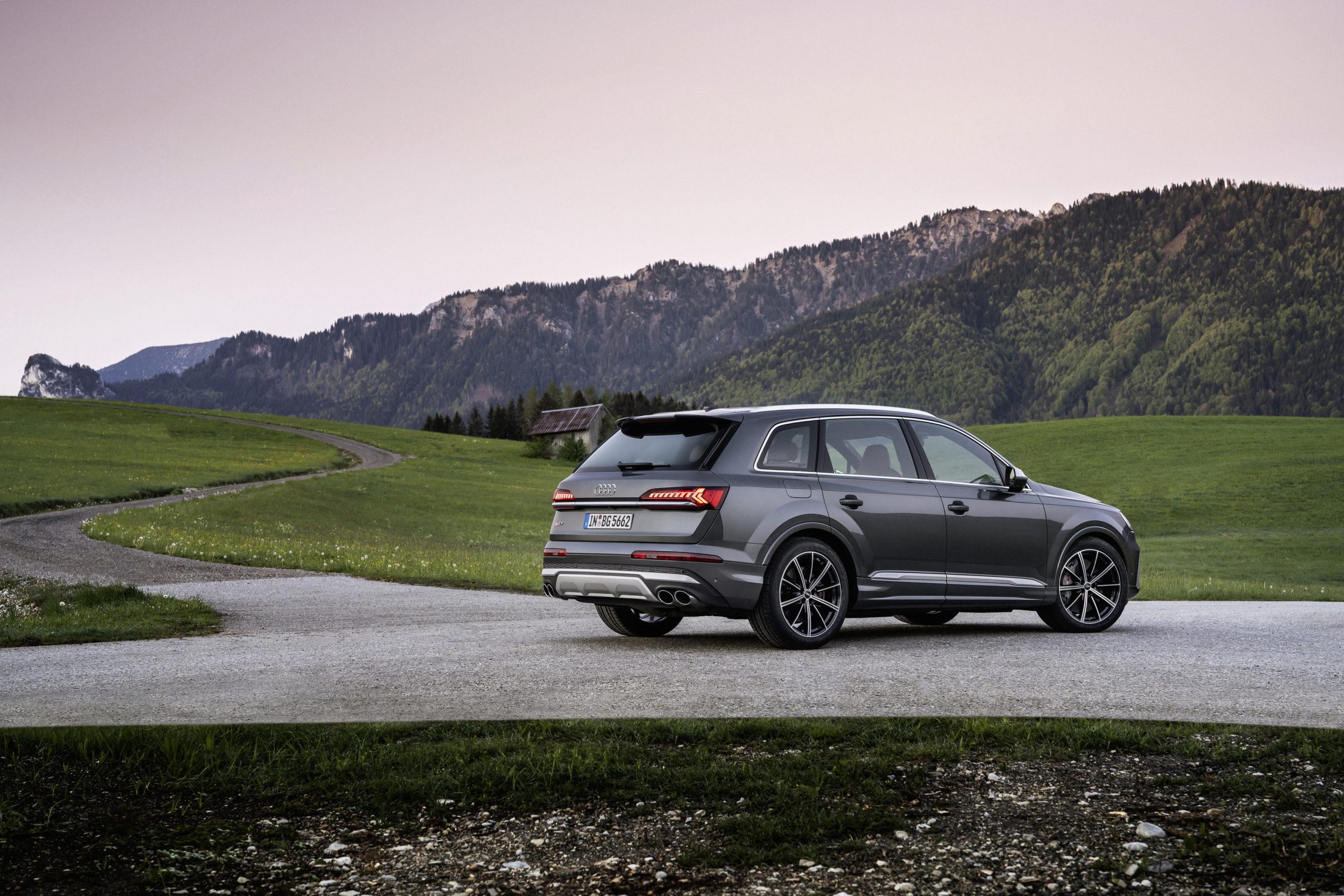 Audi SQ7 Petrol