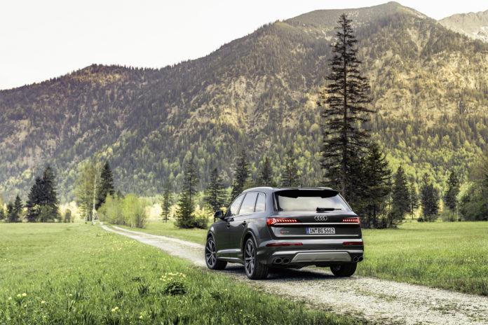 Audi SQ7 TFSI Rear