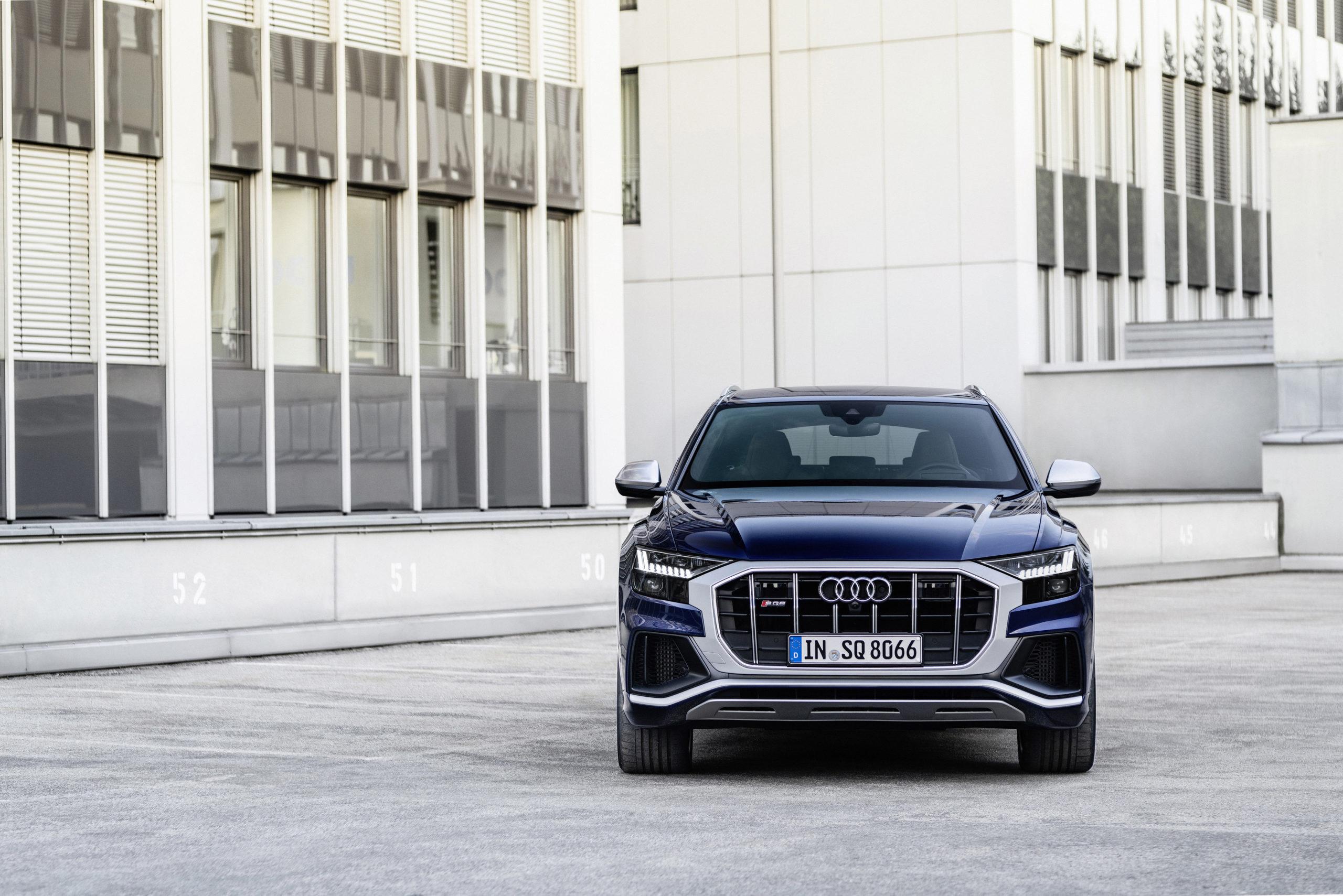 Audi SQ8 TFSI Front