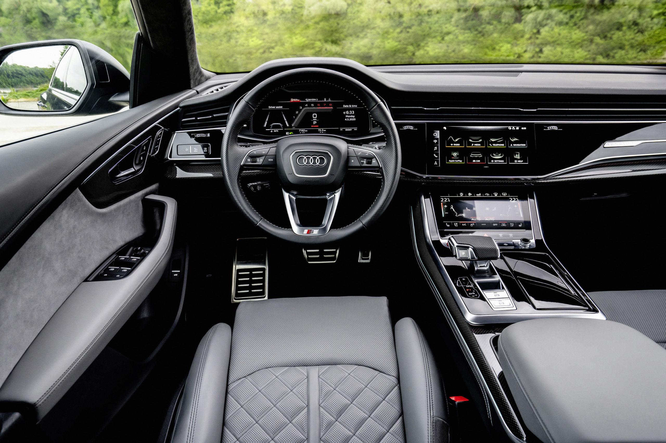 Audi SQ8 TFSI Cockpit
