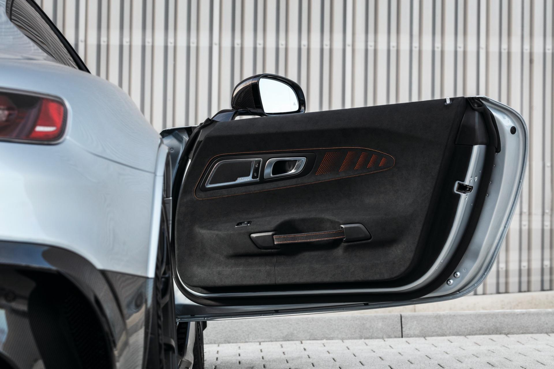 Mercedes-AMG GT Black Series Door