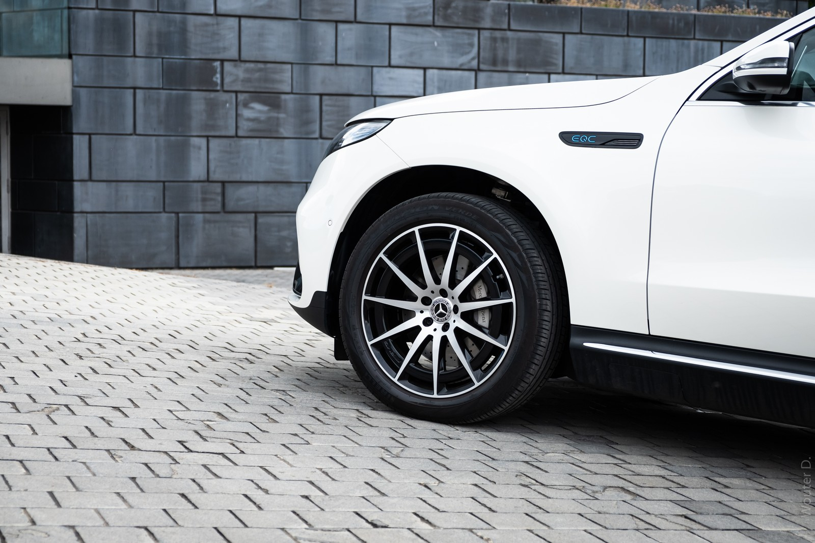 Mercedes-Benz EQC 400 Wheels