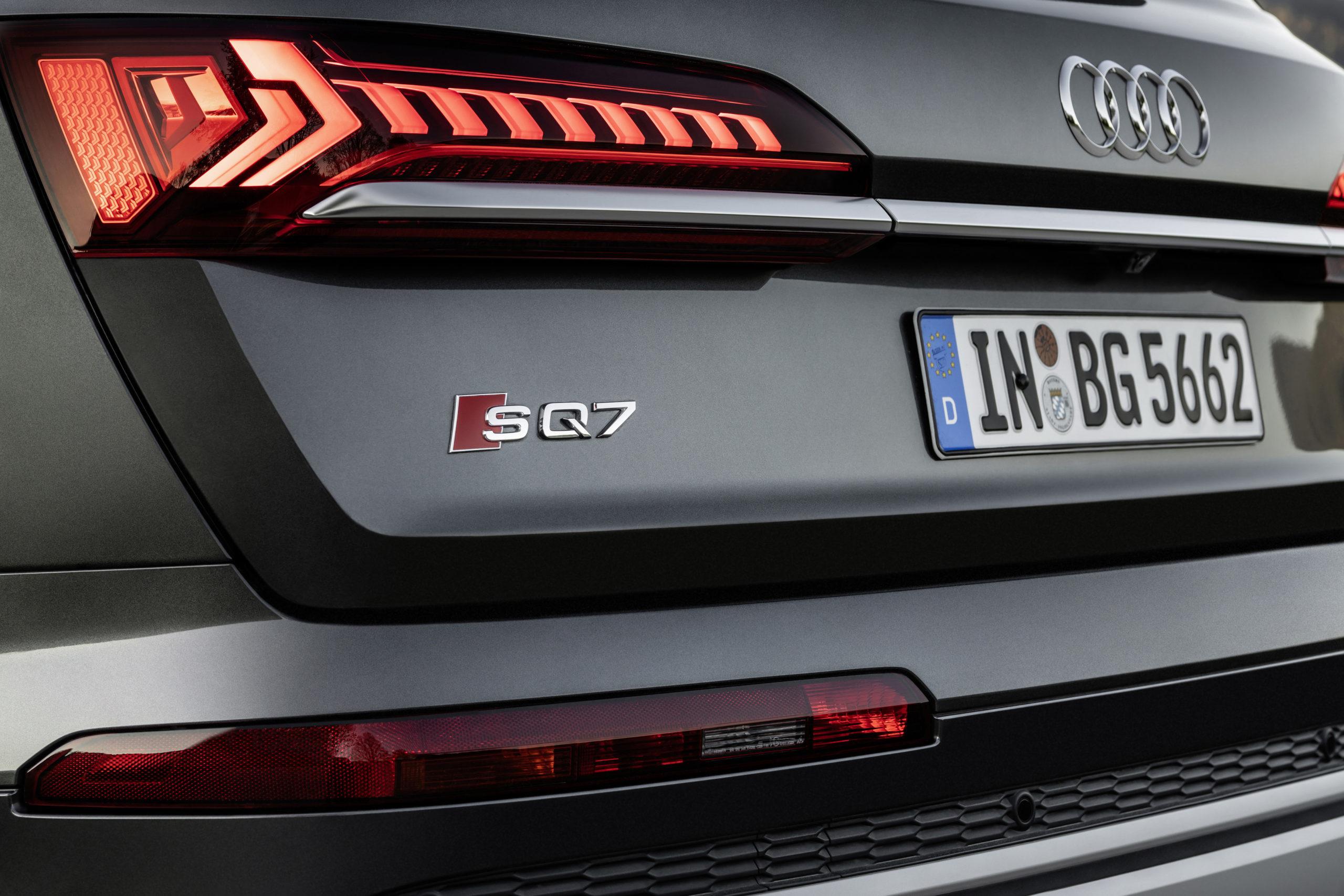 Audi SQ7 Badge