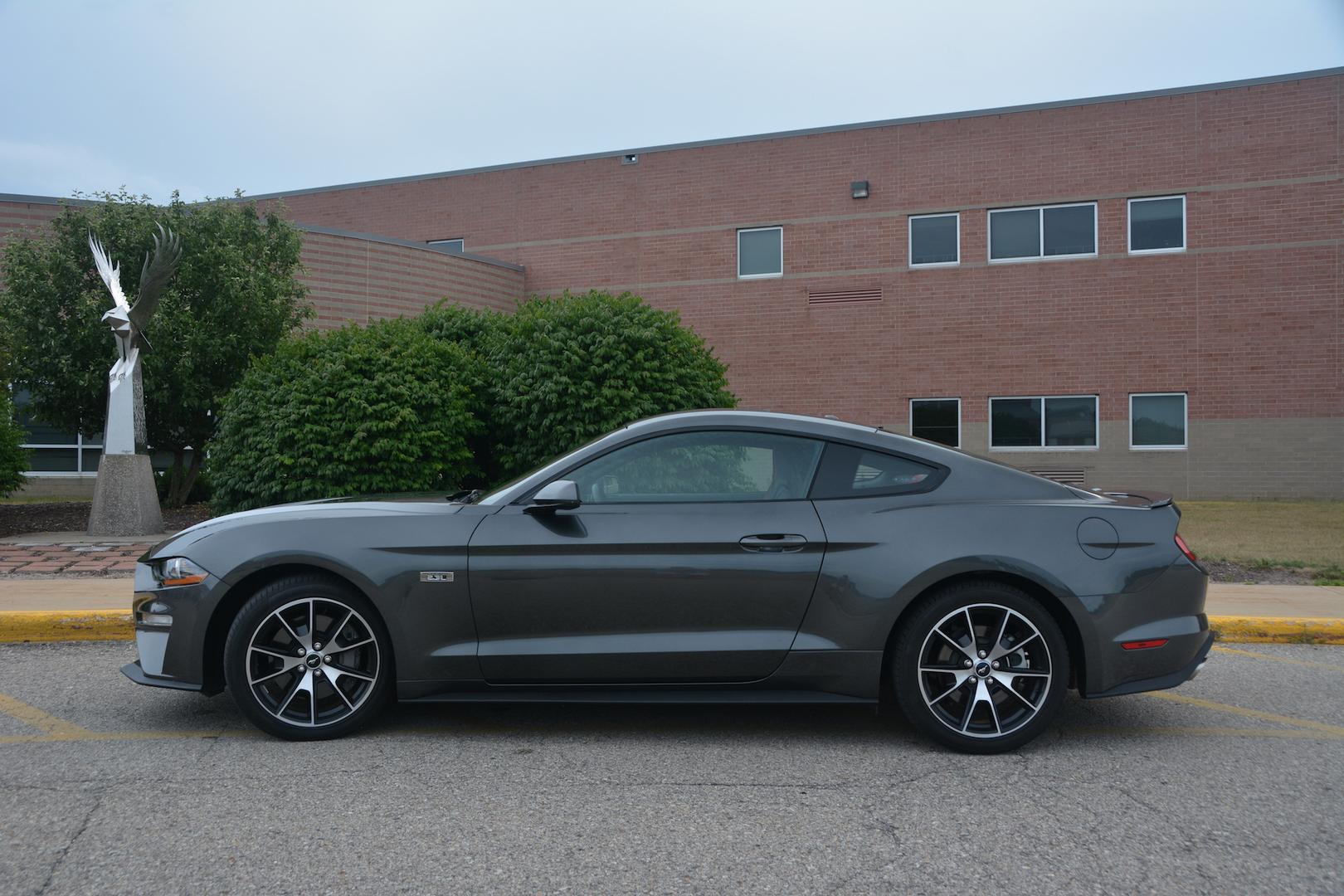 Ford Mustang EcoBoost Side