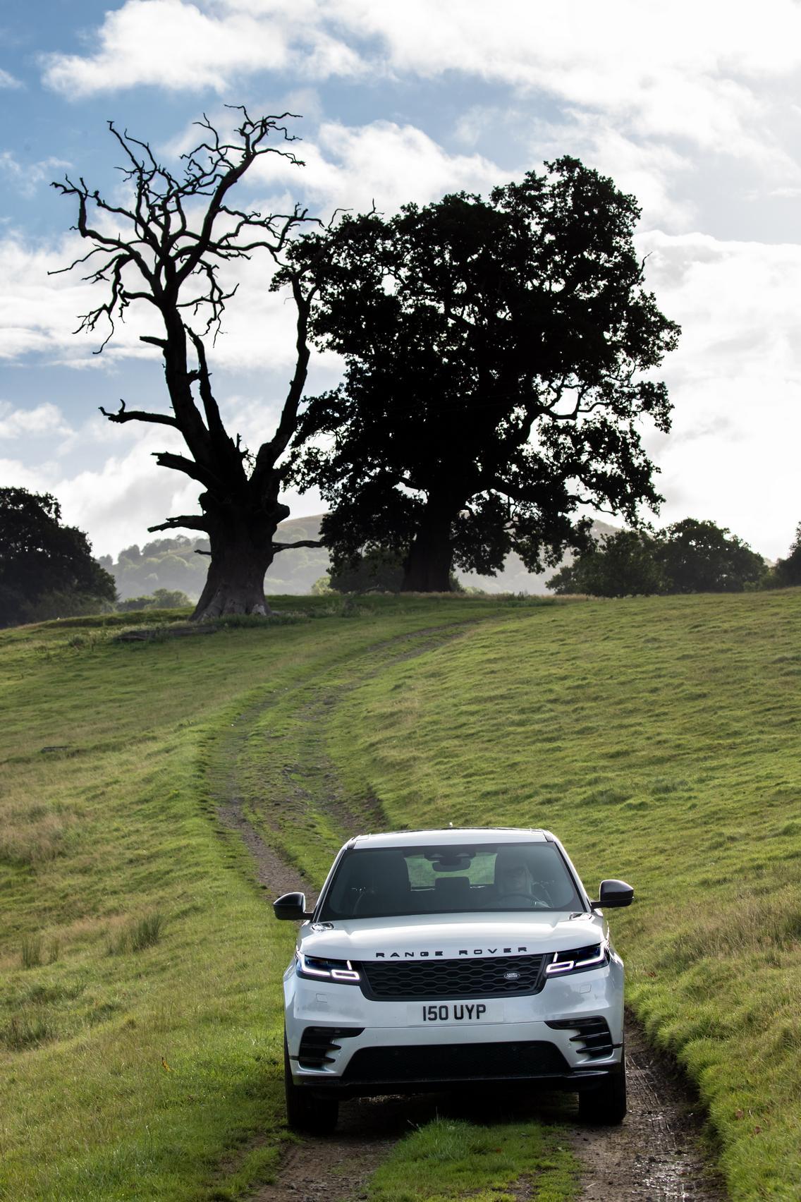 2021 Range Rover Velar Off road