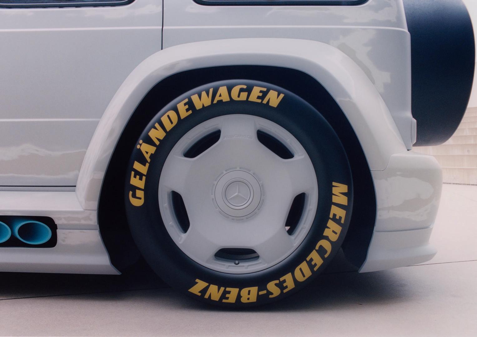 Mercedes-Benz G-Wagon Slammed