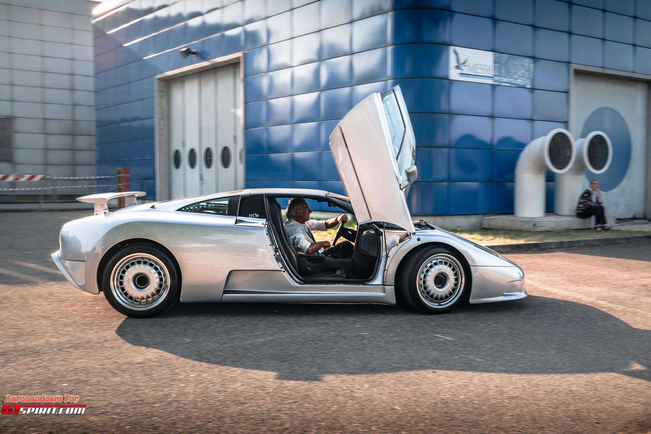 Bugatti EB110 Side View