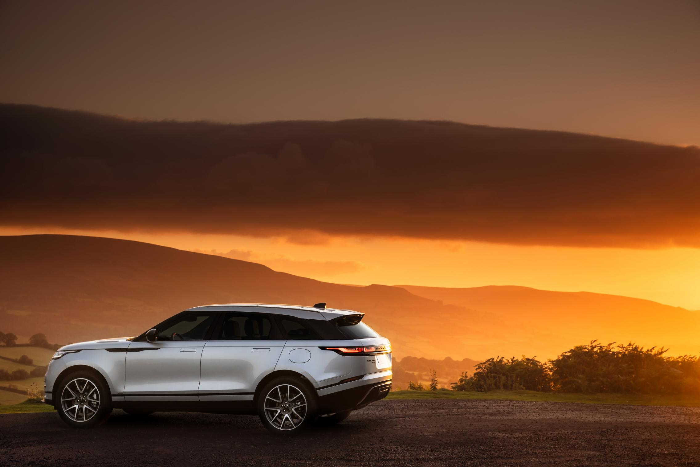 2021 Range Rover Velar Wallpaper