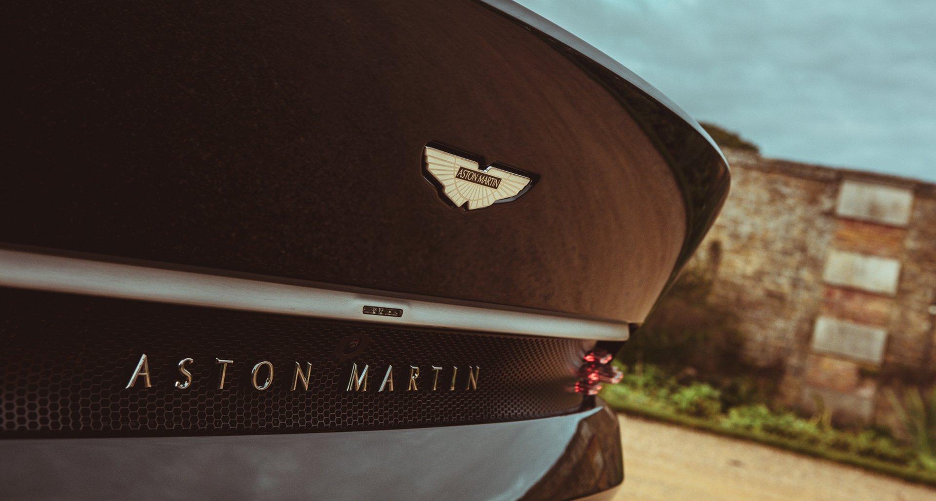 Aston Martn Badge