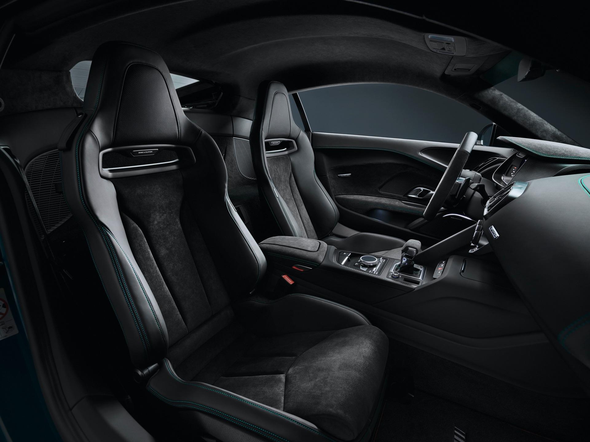 Audi R8 Green Hell Seats