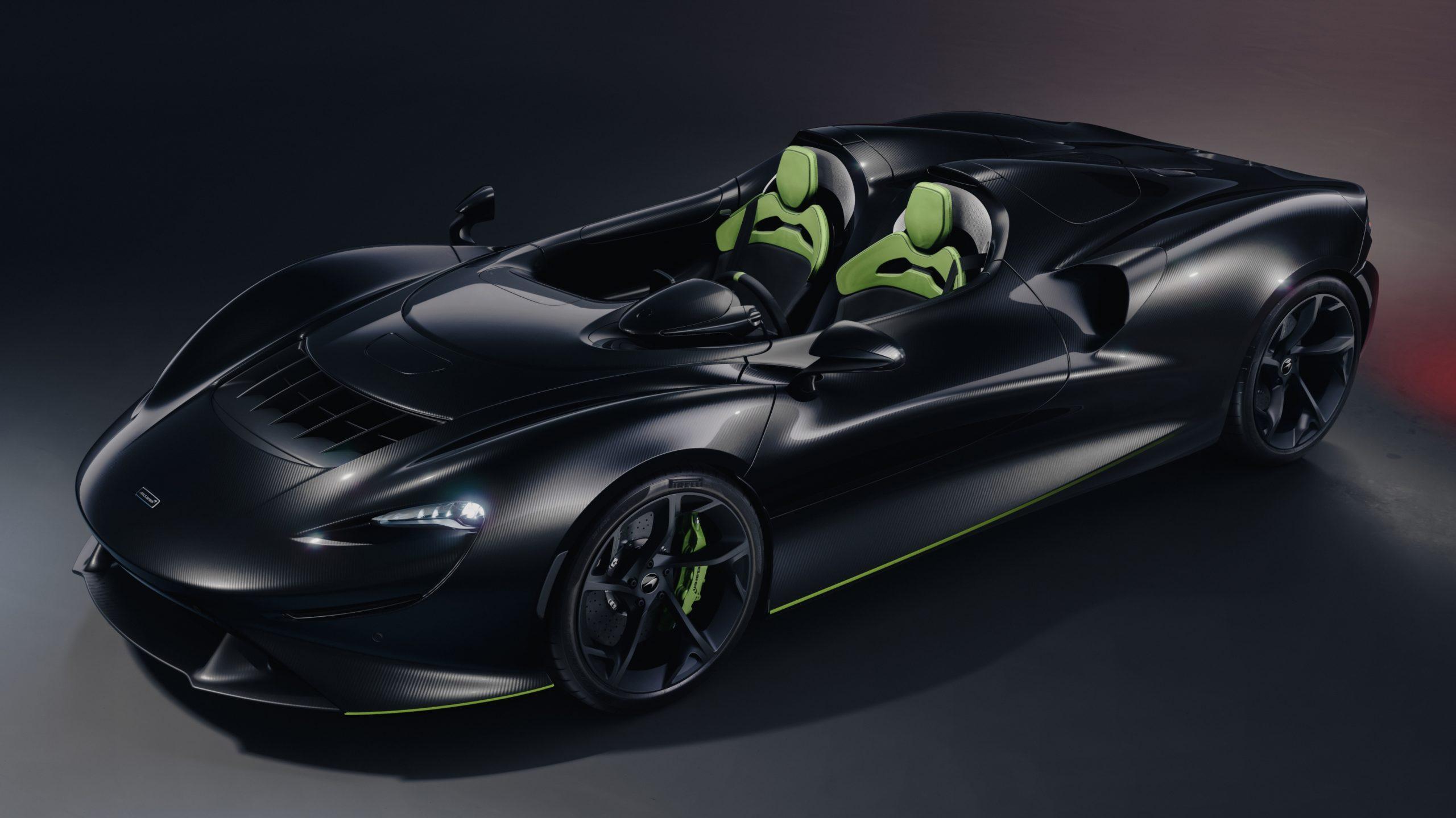 Black McLaren Elva