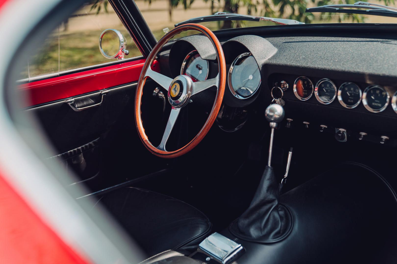 Ferrari 250 SWB gear shifter