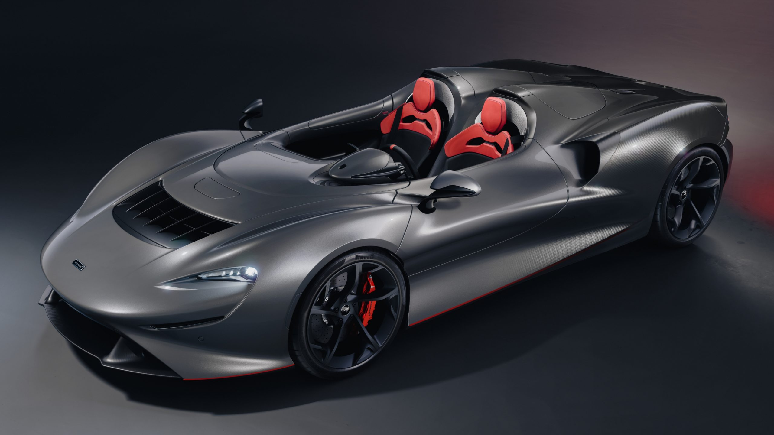 Grey McLaren Elva