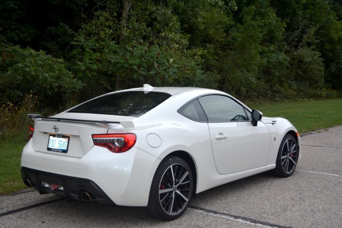 2020 Toyota 86 GT TRD Rear Side