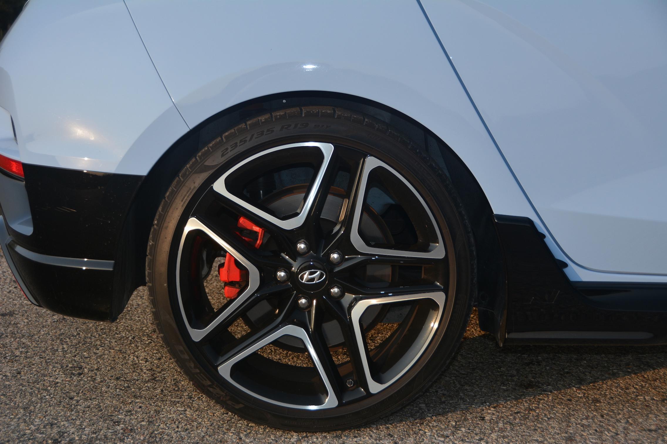 Hyundai Veloster N Wheels