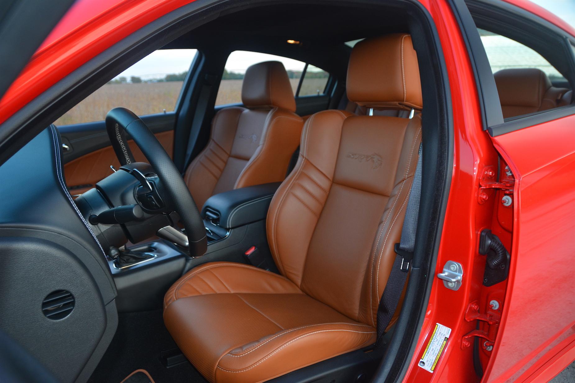 Dodge Charger SRT Hellcat Widebody Seats