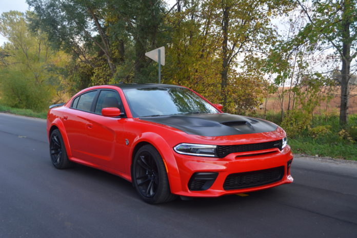 Dodge Charger SRT Hellcat Widebody Specs