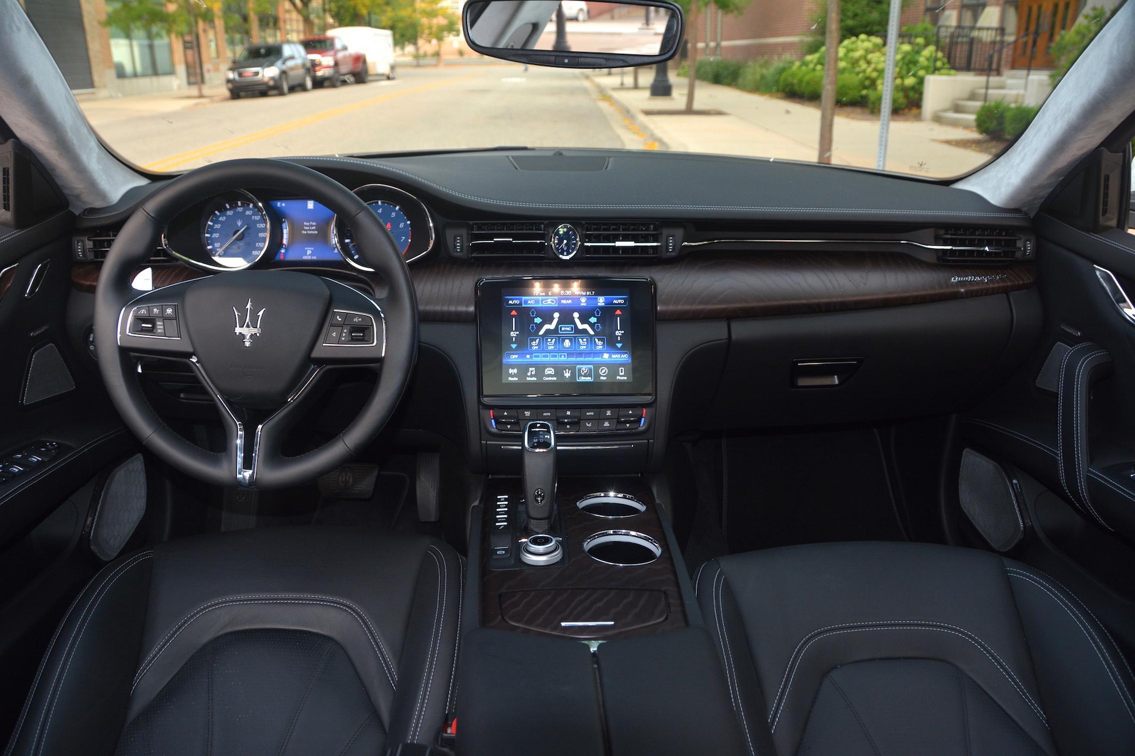 Maserati Quattroporte S Q4 GranLusso Interior