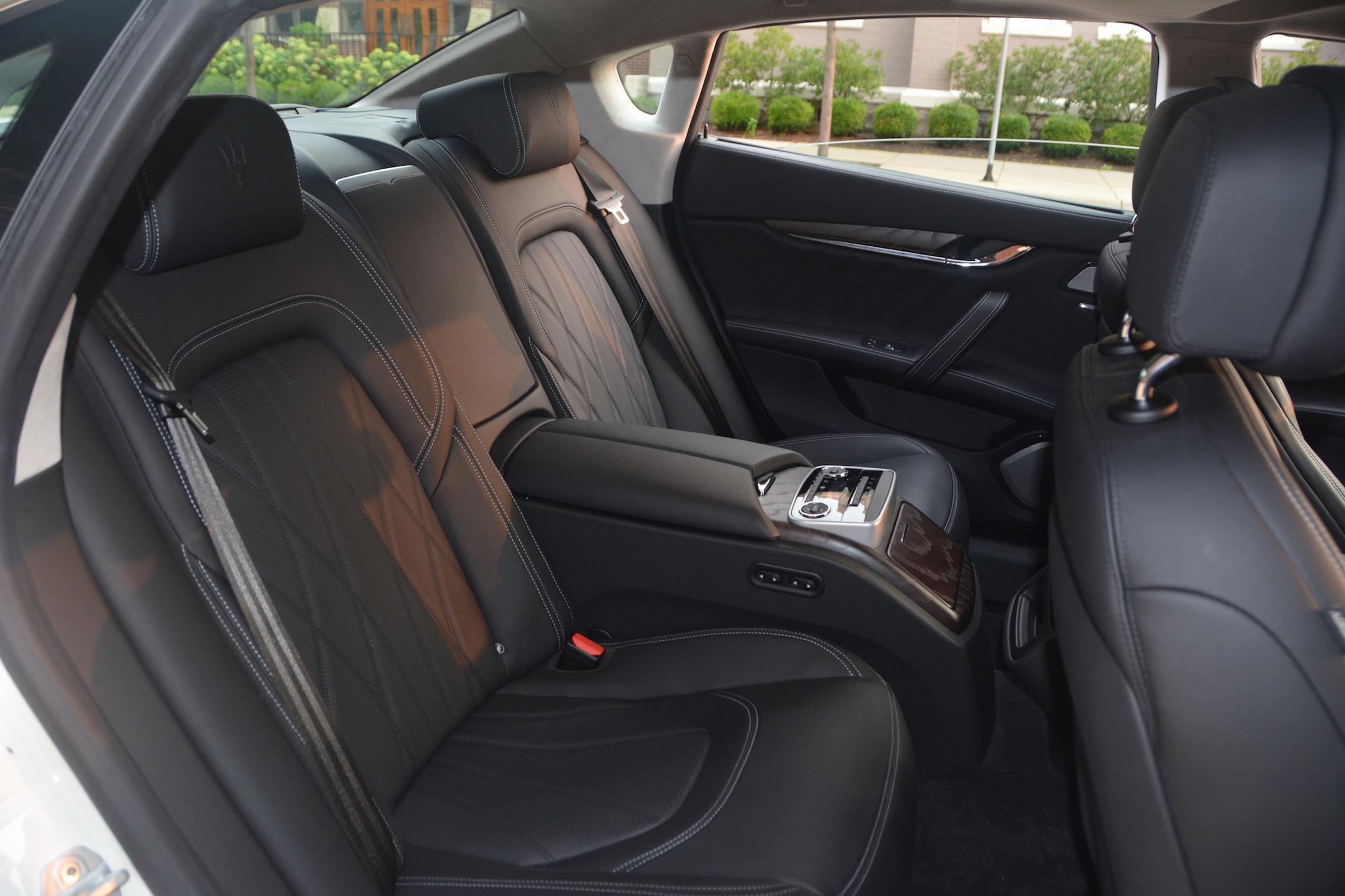 Maserati Quattroporte S Q4 GranLusso Rear Seats