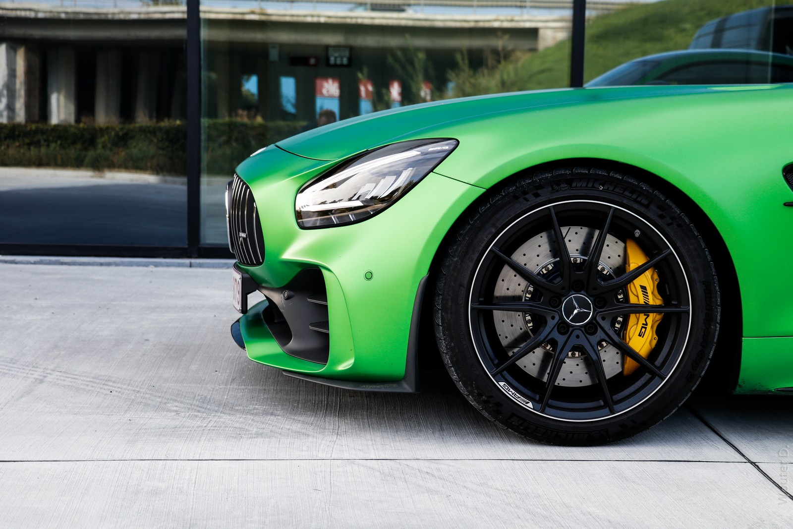 Mercedes AMG GT-R Brake Calipers