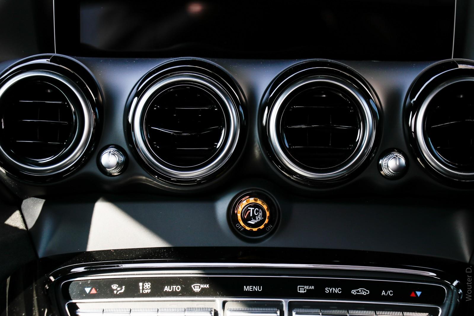 Mercedes-AMG GT R Cabin