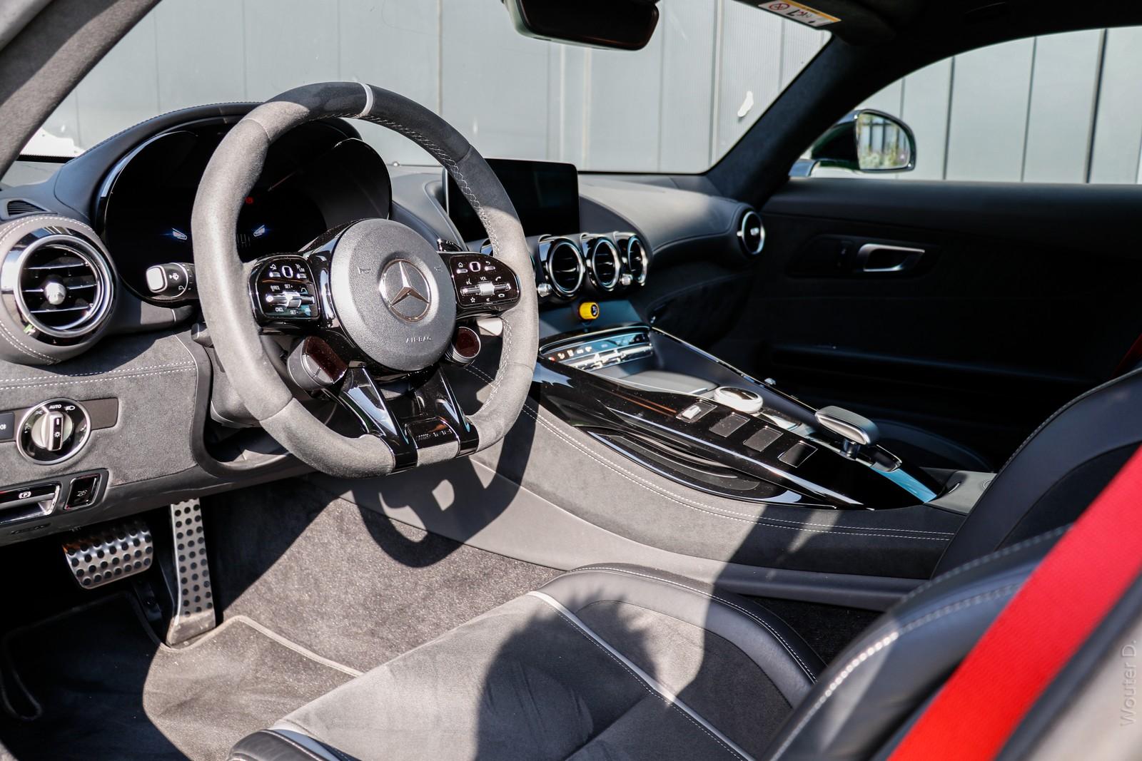 Mercedes-AMG GT R Interior