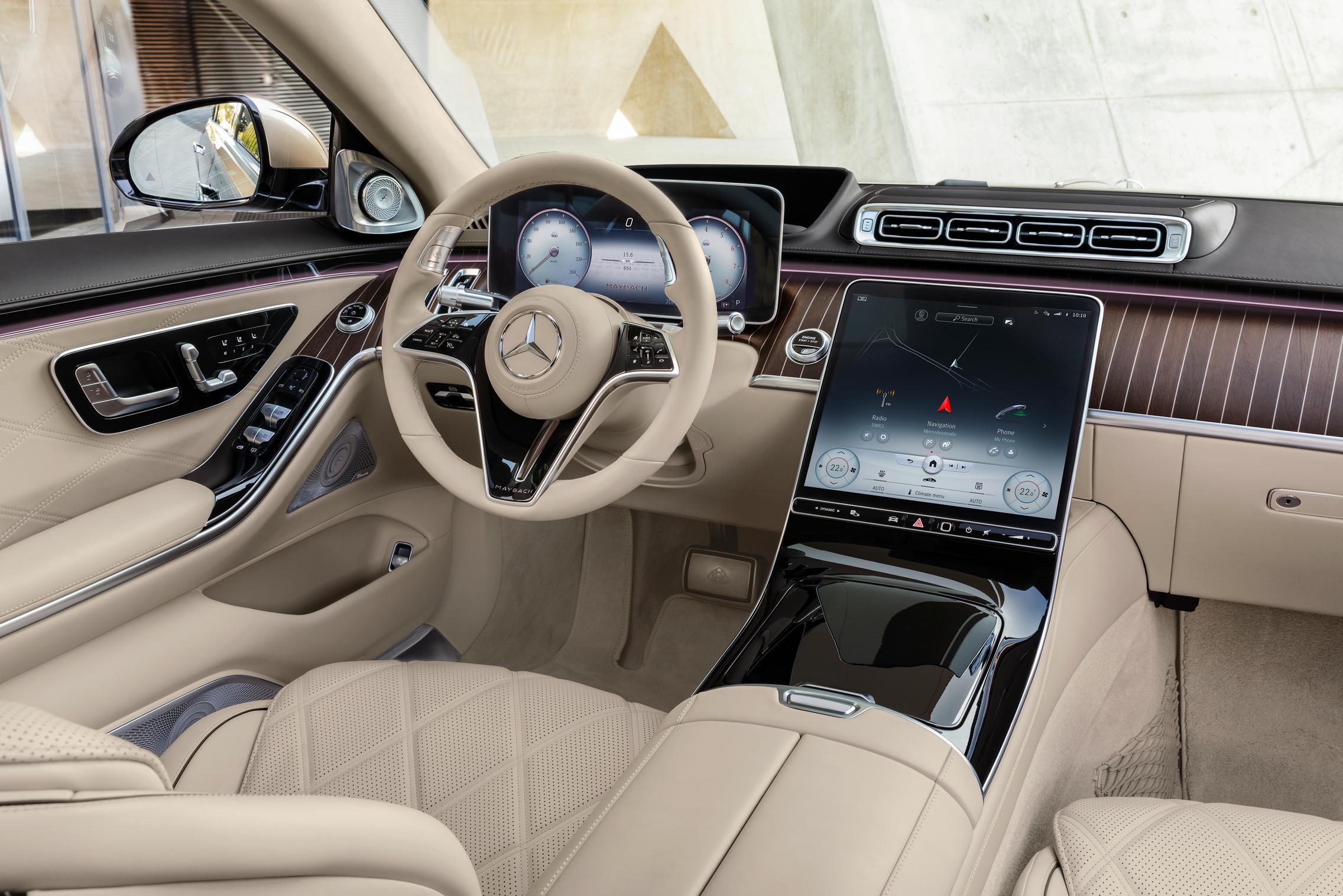 2021 Mercedes-Maybach S-Class Screens