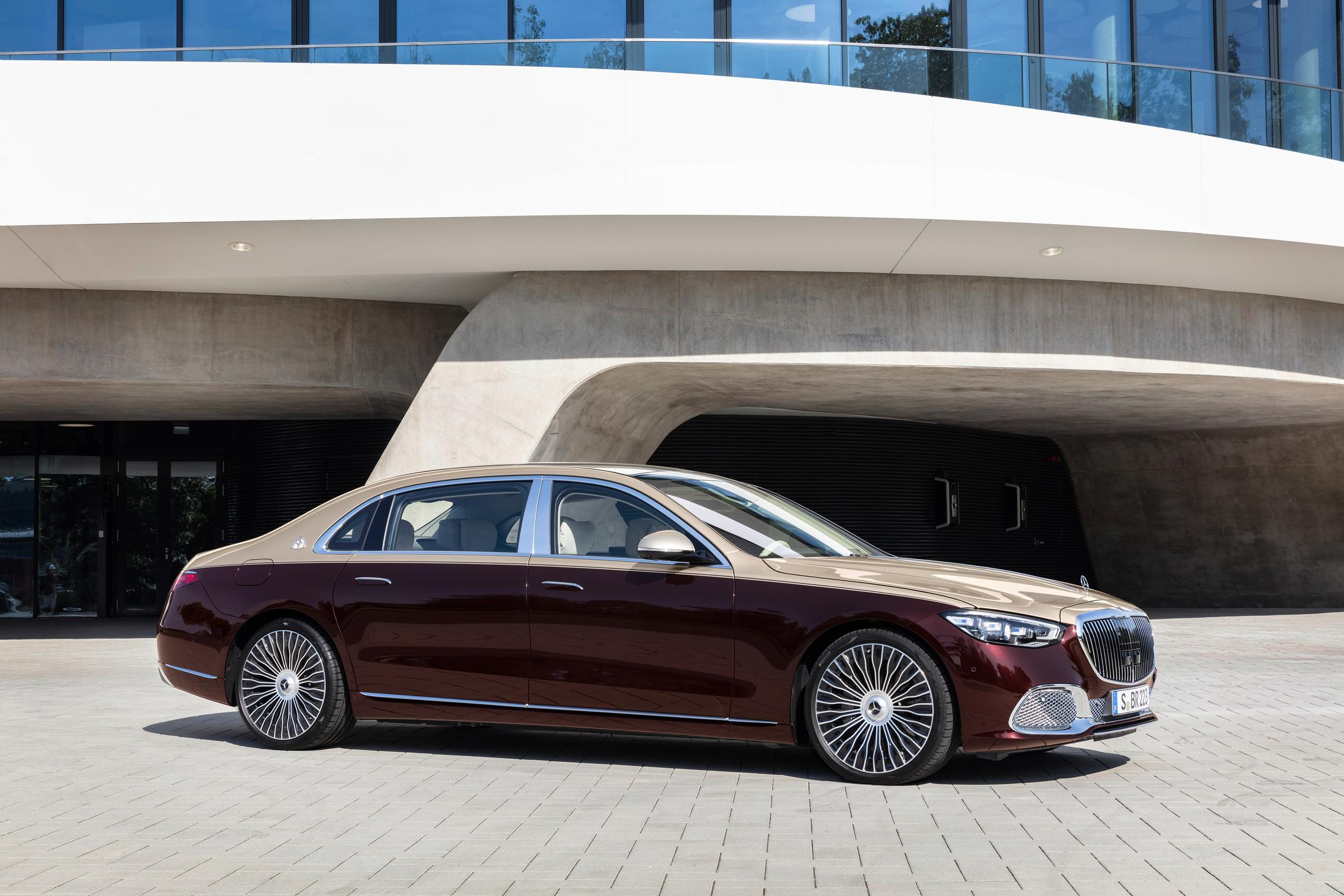 2021 Duo Tone Mercedes-Maybach S-Class